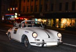 Телеканал «Авто Плюс» приглашает на ночное ралли «Огни Москвы»