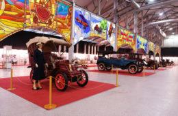 Олдтаймер-Галерея, выставка старинных автомобилей и антиквариата