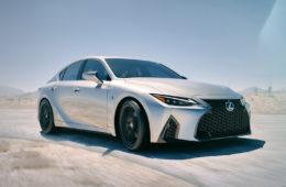 Премьера четвёртого поколения Lexus IS принесла не только сам автомобиль, но и смену дизайн-философии марки